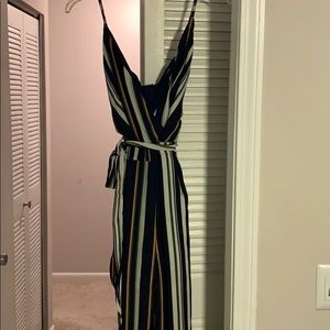 Sleeveless stripped jumpsuit